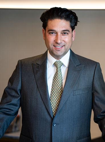 Portrait Geev Bahrampoori